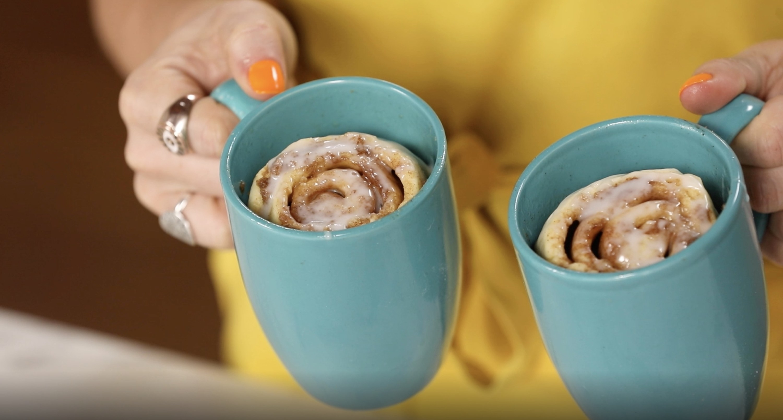 4-Minute Mug Cinnamon Rolls
