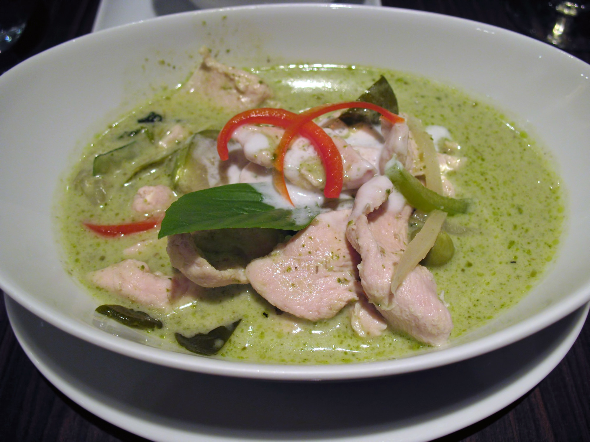 Thai green curry with chicken, pepper, and kaffir lime