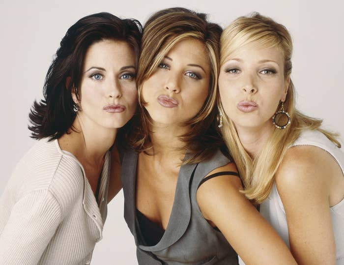 Jennifer, Courteney, and Lisa pose together in an old Friends promo