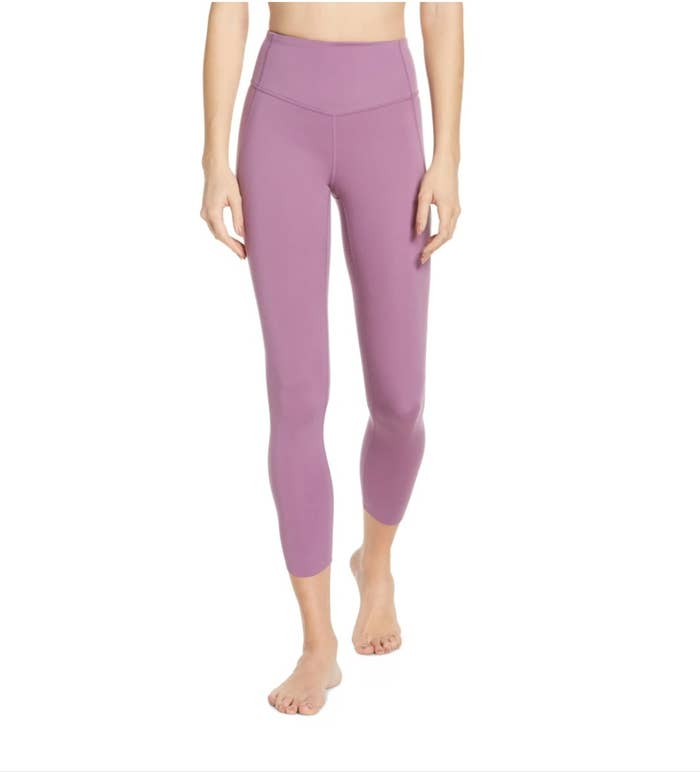 The Zella high waisted leggings in purple violet