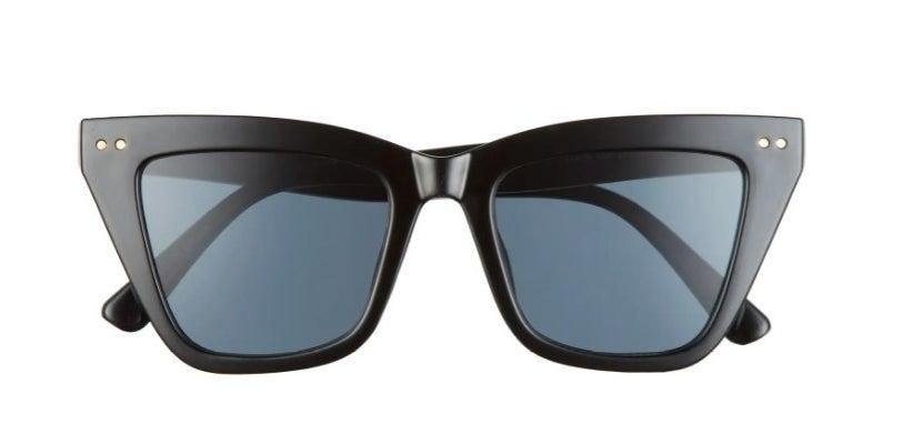 The pair of cat eye sunglasses in black