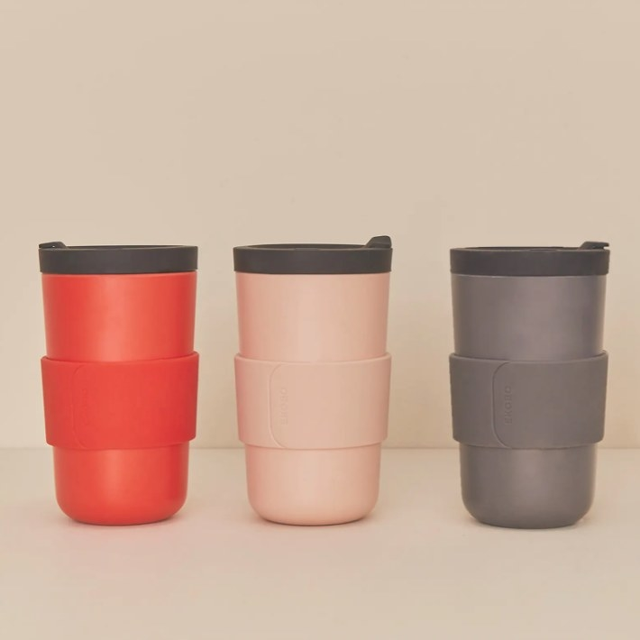 The to-go mugs in three colors