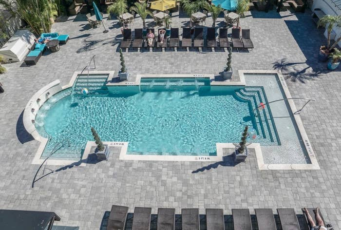 The Hollander Hotel pool