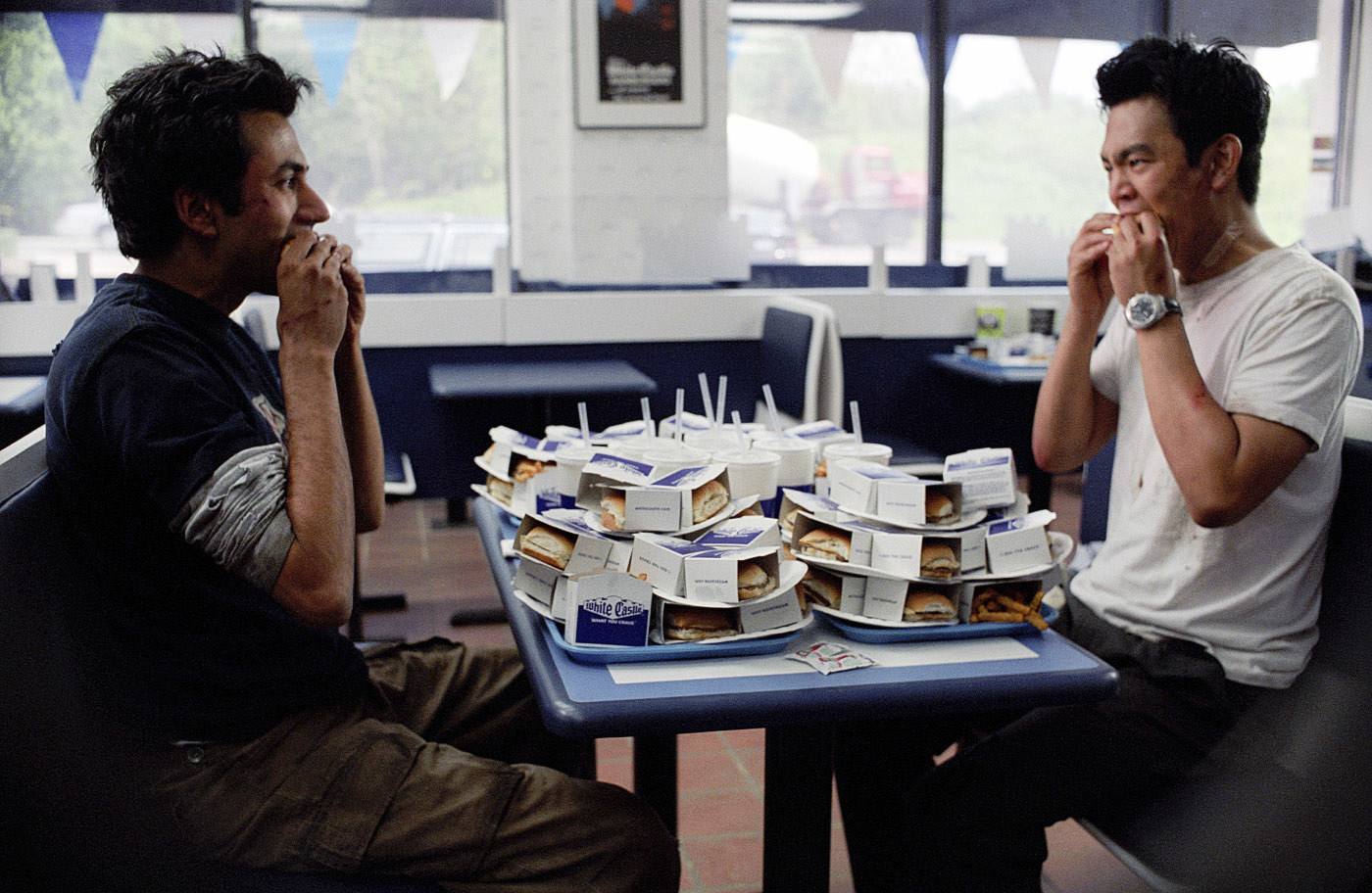Kumar and Harold eat a bunch of sliders from White Castle