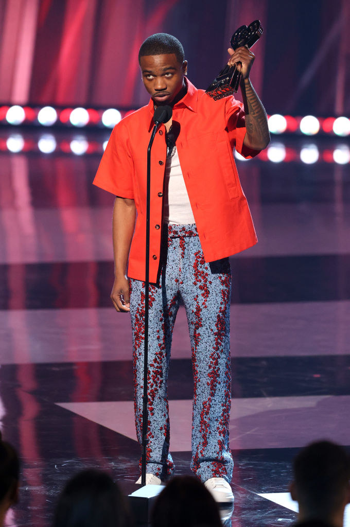 Roddy Ricch accepts the Hip-Hop Artist of the Year onstage at the 2021 iHeartRadio Music Awards
