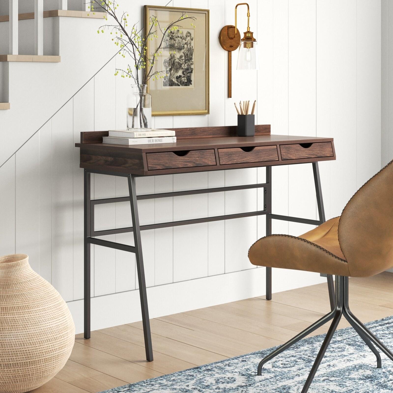 The desk in Dark Walnut