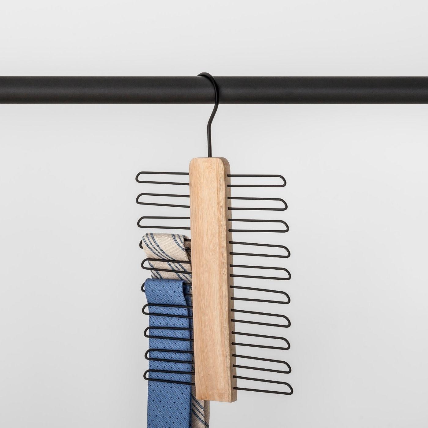 The tie hanger
