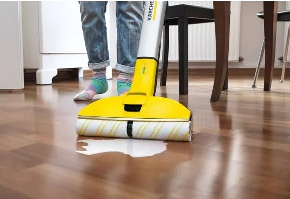 The floor cleaner