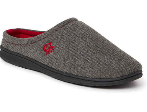 The front of shoe showcases the waffle knit and features the brand's logo