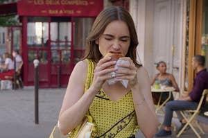 艾米丽在巴黎不知道如何吃糕点