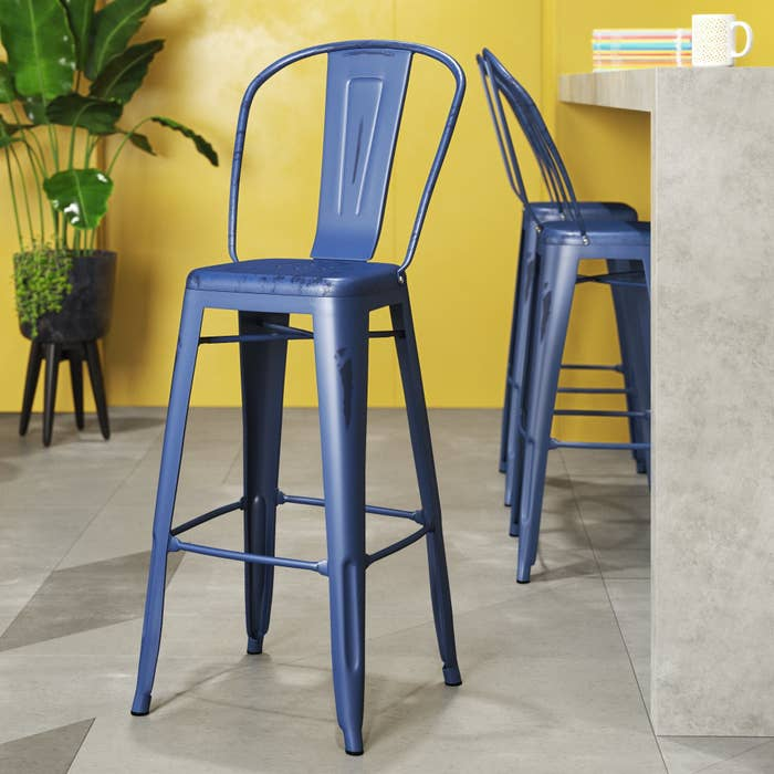 The stool in blue