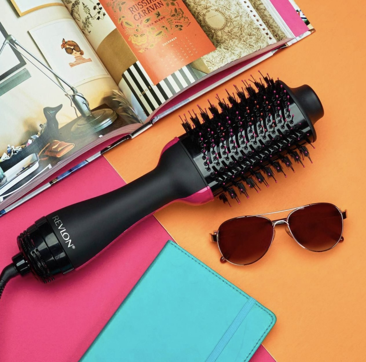A heat-styling tool