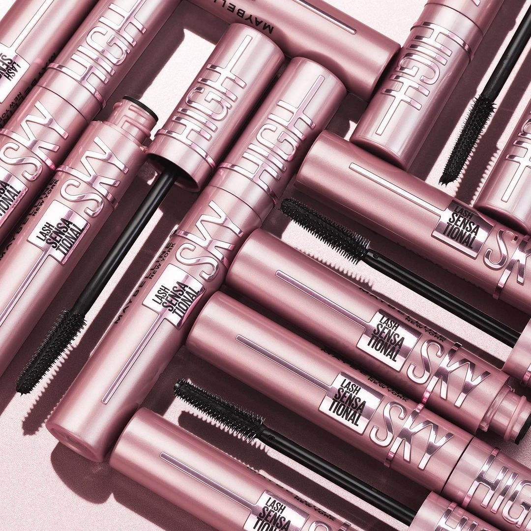 Maybelline Sky High mascaras lined up next to each other