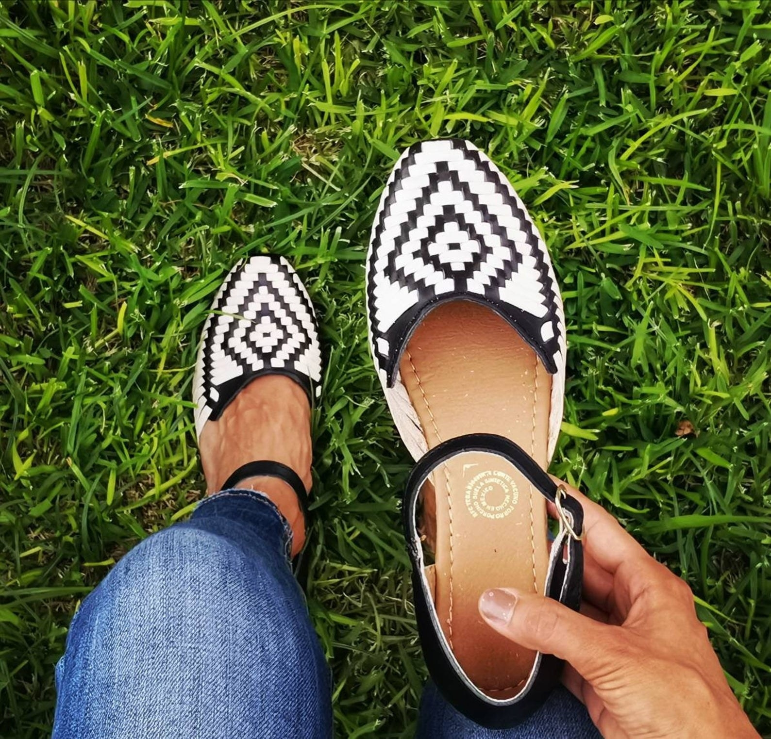Ankle-strap woven shoes with black and white diamond pattern on the top