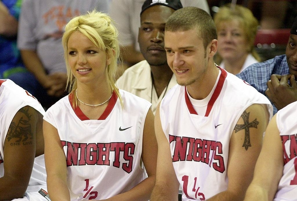 Britney and Justin playing basketball