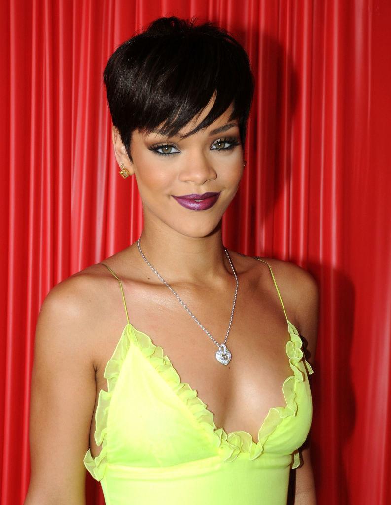 Rihanna arrives at the 2008 BET Awards at the Shrine Auditorium