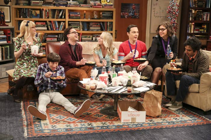 The entire cast sits in Sheldon's apartment while eating dinner
