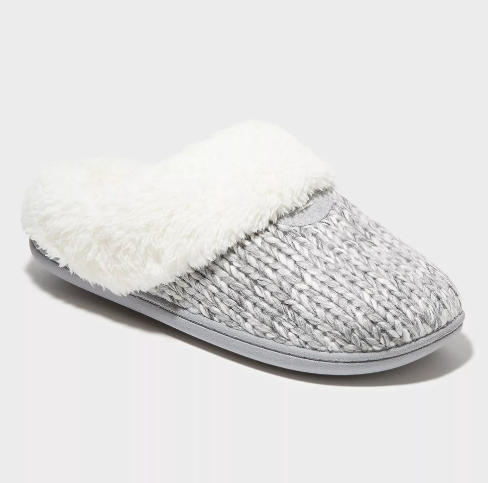 Gray crochet slippers with white fur detail