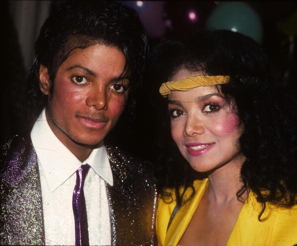 """Thriller"" singer and ""Heart Don't Lie"" singer"