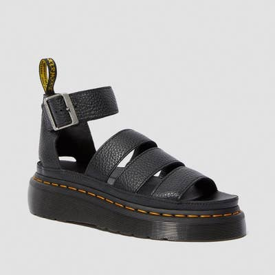 the black leather sandals