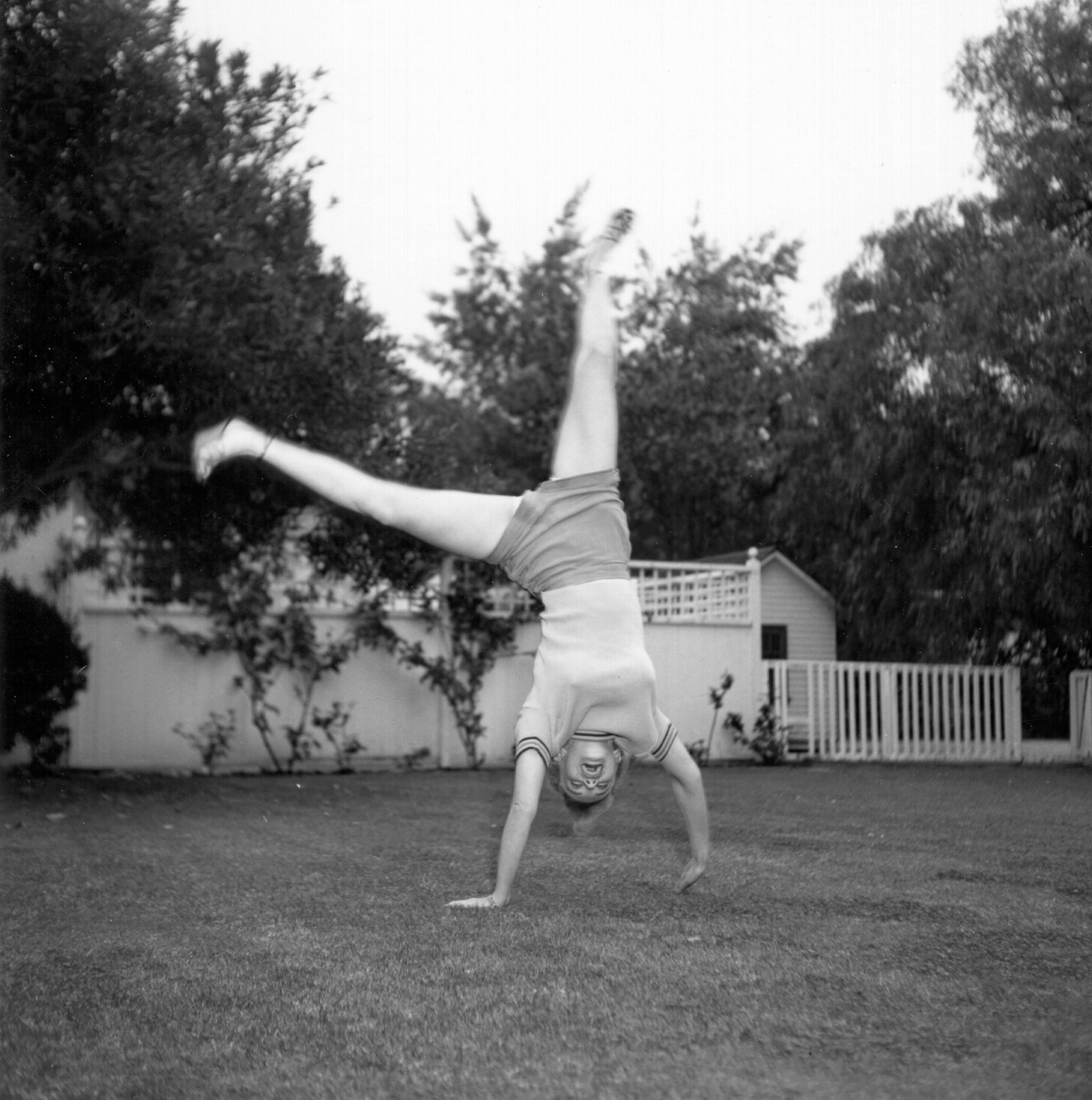 Marilyn Monroe doing a cartwheel