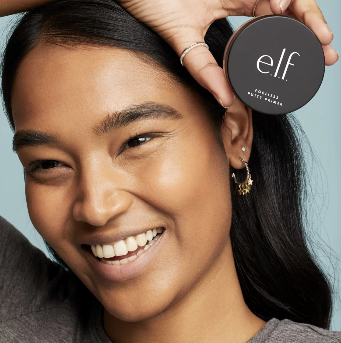 model with smoothly applied foundation