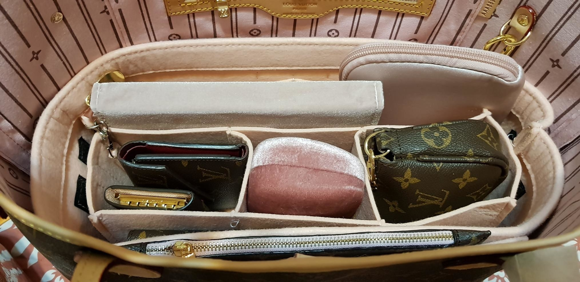 the large pink insert inside a LV Neverfull MM bag