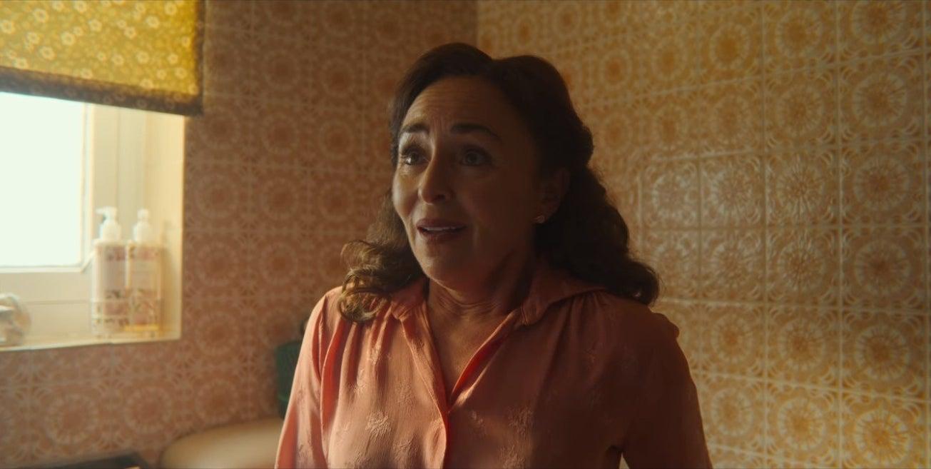 Mrs. Groff masturbates