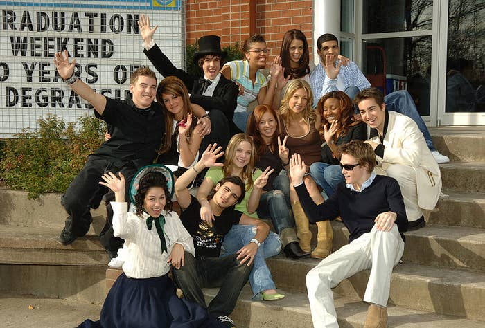 """early """"Next Generation"""" cast picture"""