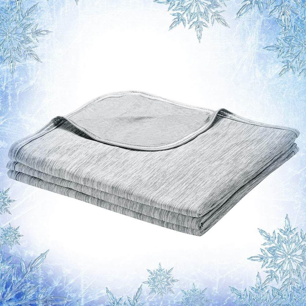 lightweight coolng blanket