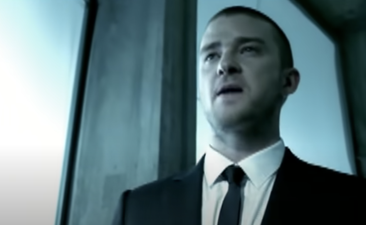 Just Timberlake singing in a suit