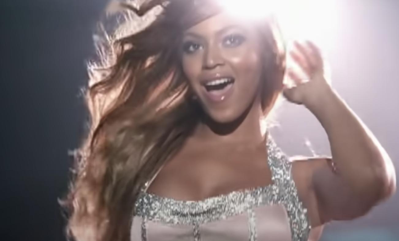 Beyoncé singing
