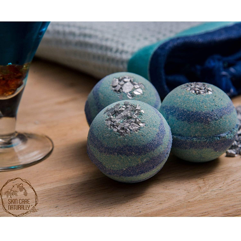 3 blue bath bombs