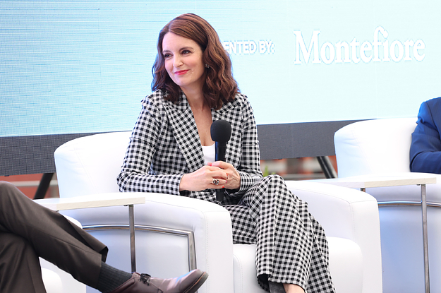 """Tina Fey Explained How She Ended Up Casting Her Daughter In """"Girls5eva"""""""