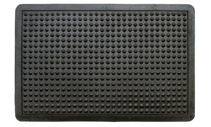 A black anti-fatigue mat.