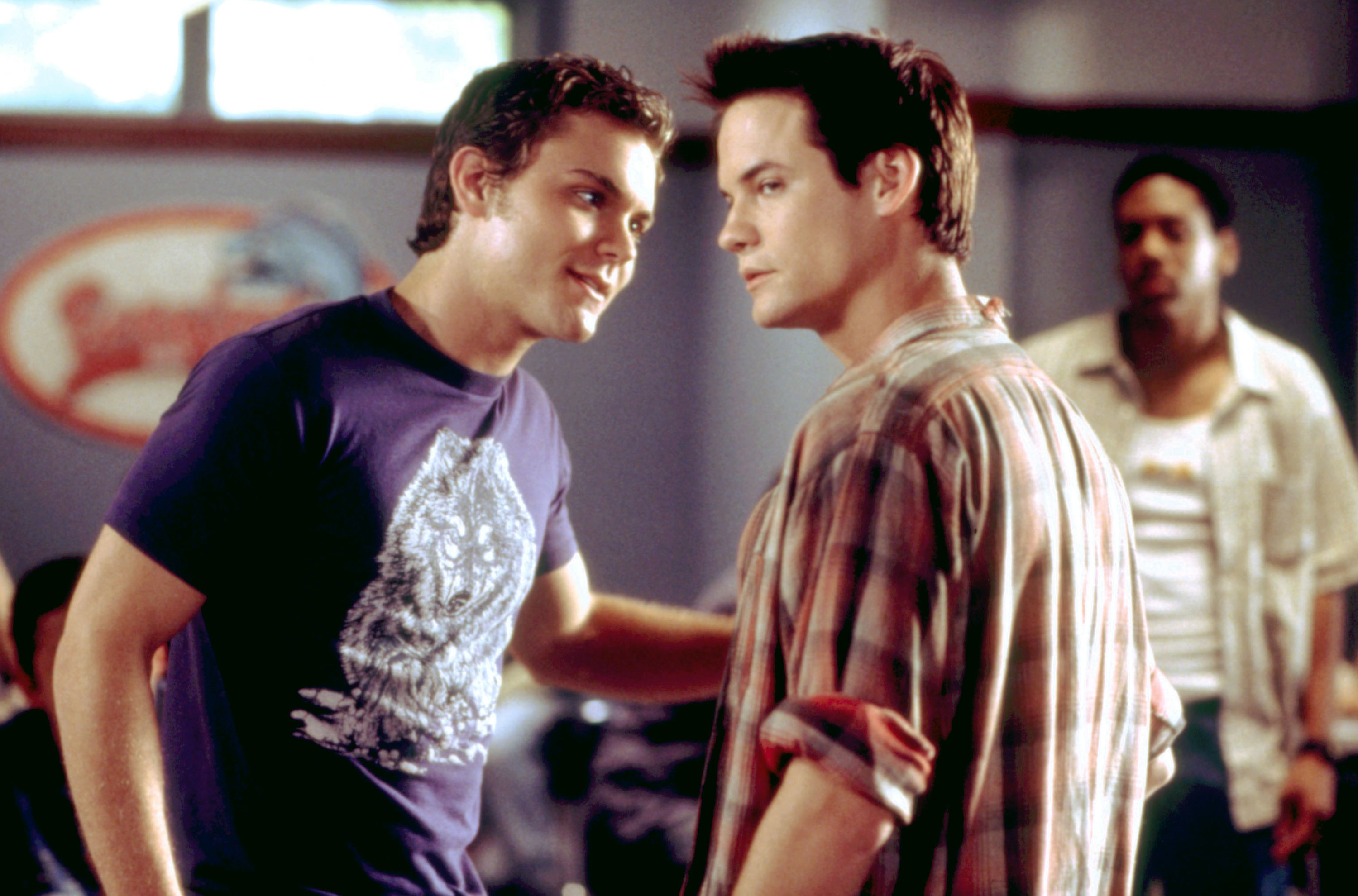 Clayne Crawford leans into Shane West in A Walk to Remember