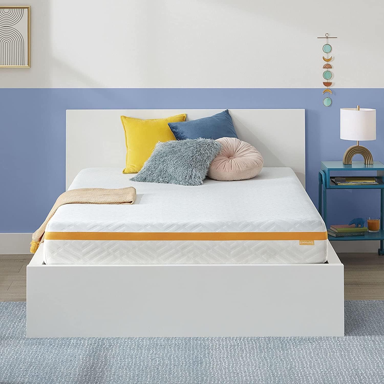 """An image of a 10"""" gel  memory foam  mattress"""