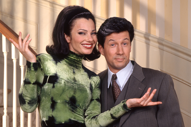 """Fran Drescher Revealed That She Designed """"The Nanny"""" Set With A Hidden Runway To Make Her Clothes The Star Of The Show"""