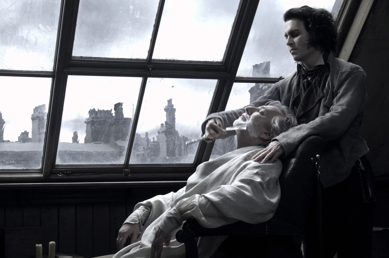 Johnny Depp shaves Alan Rickman's face