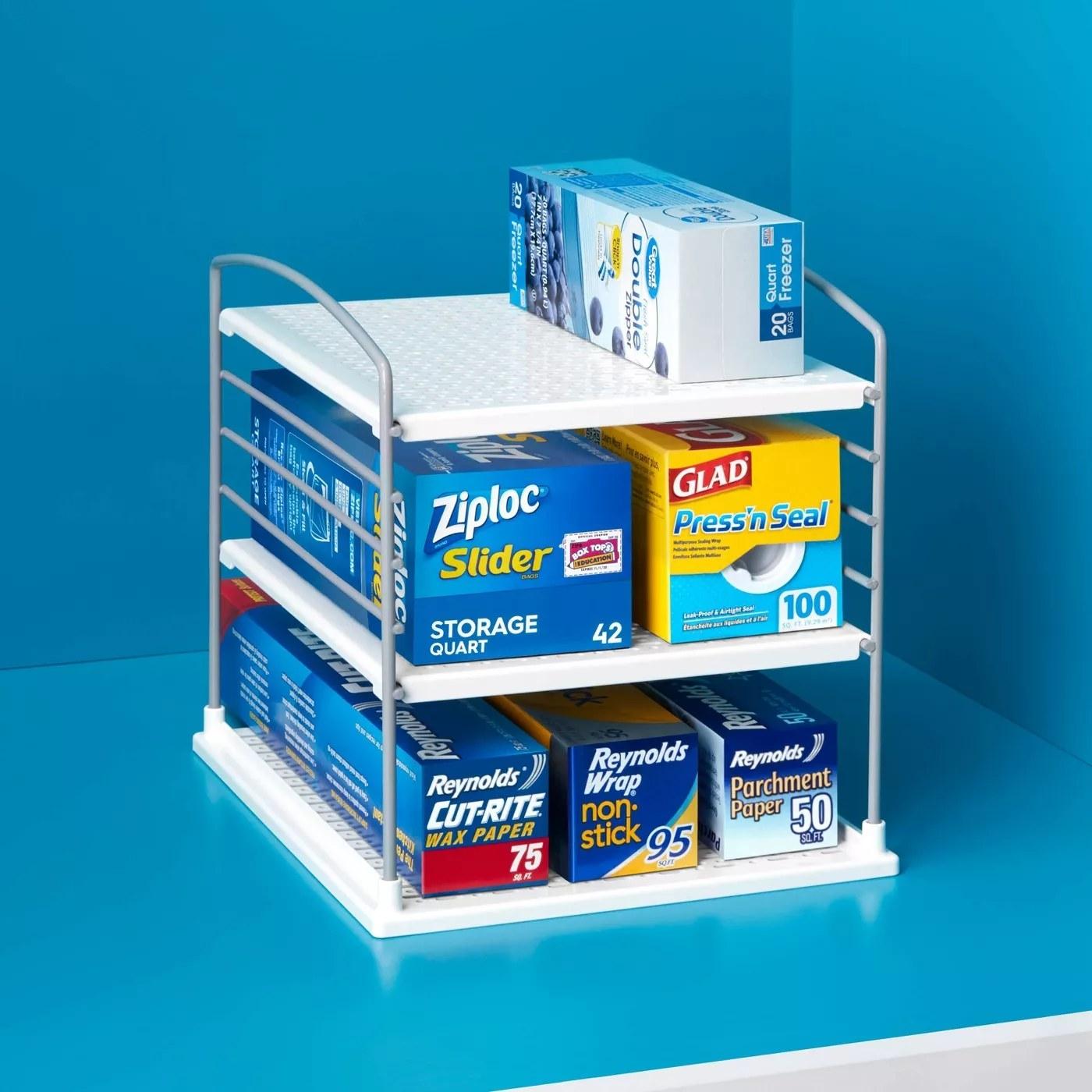 A box organizer