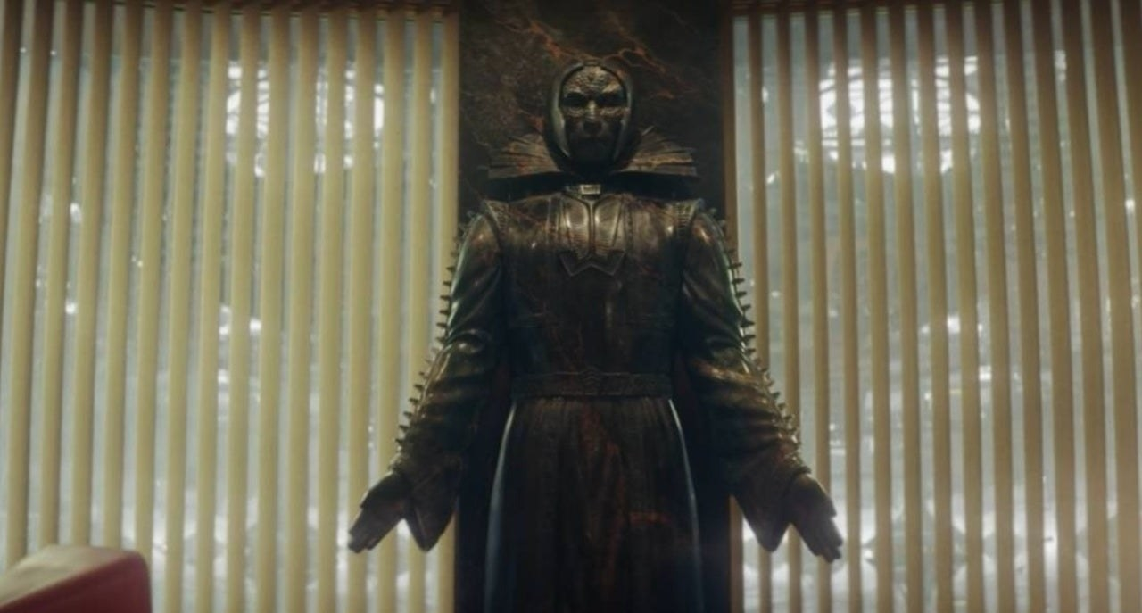 """A Kang statue gets a long shot in the second episode of """"Loki"""""""
