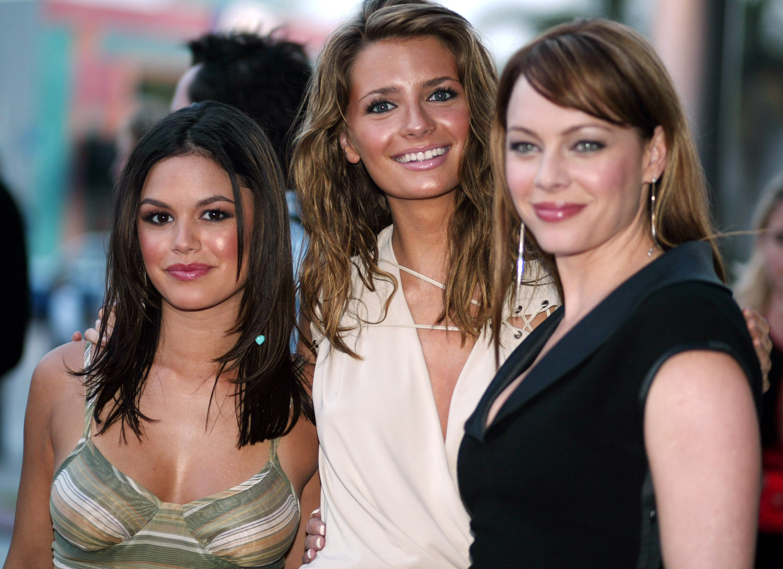 Mischa, Rachel, and Melinda pose together