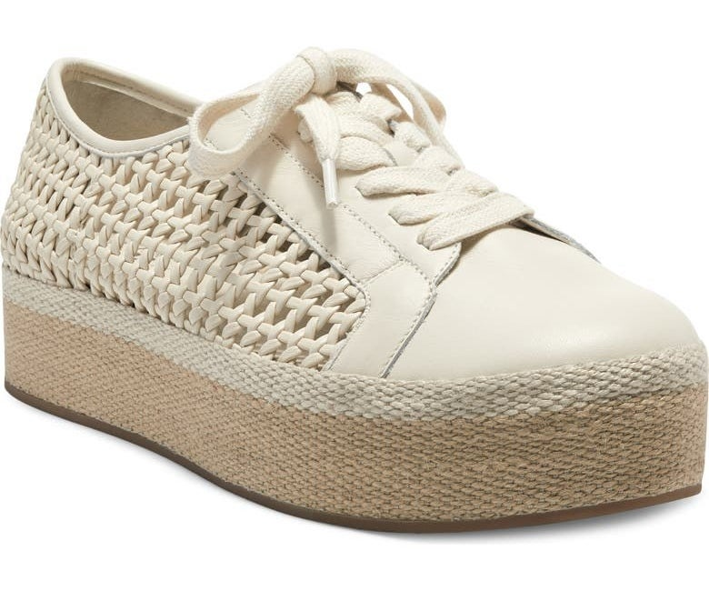 the white platform shoes