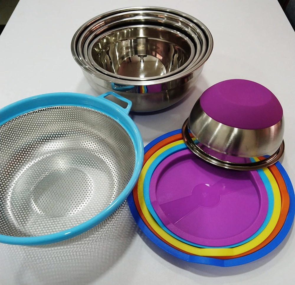 Reviewer's photo of the mixing bowls in different colors