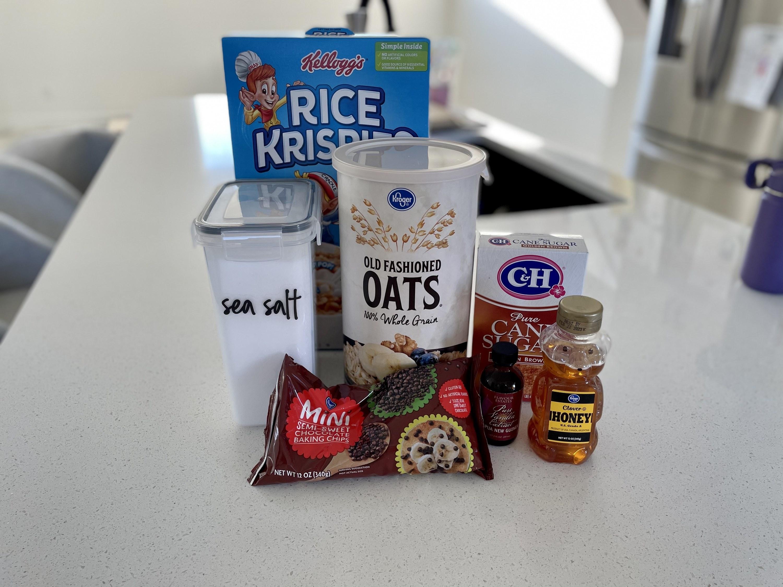 Ingredients for granola bars