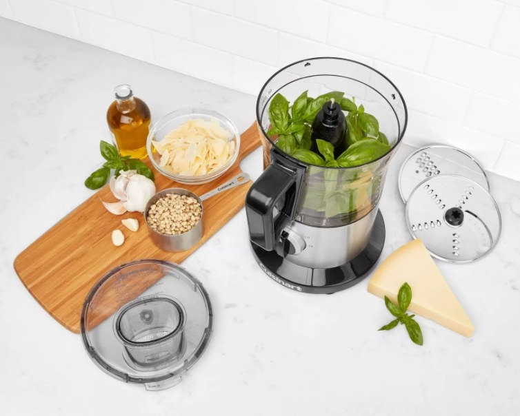 An image of a eight-cup food processor