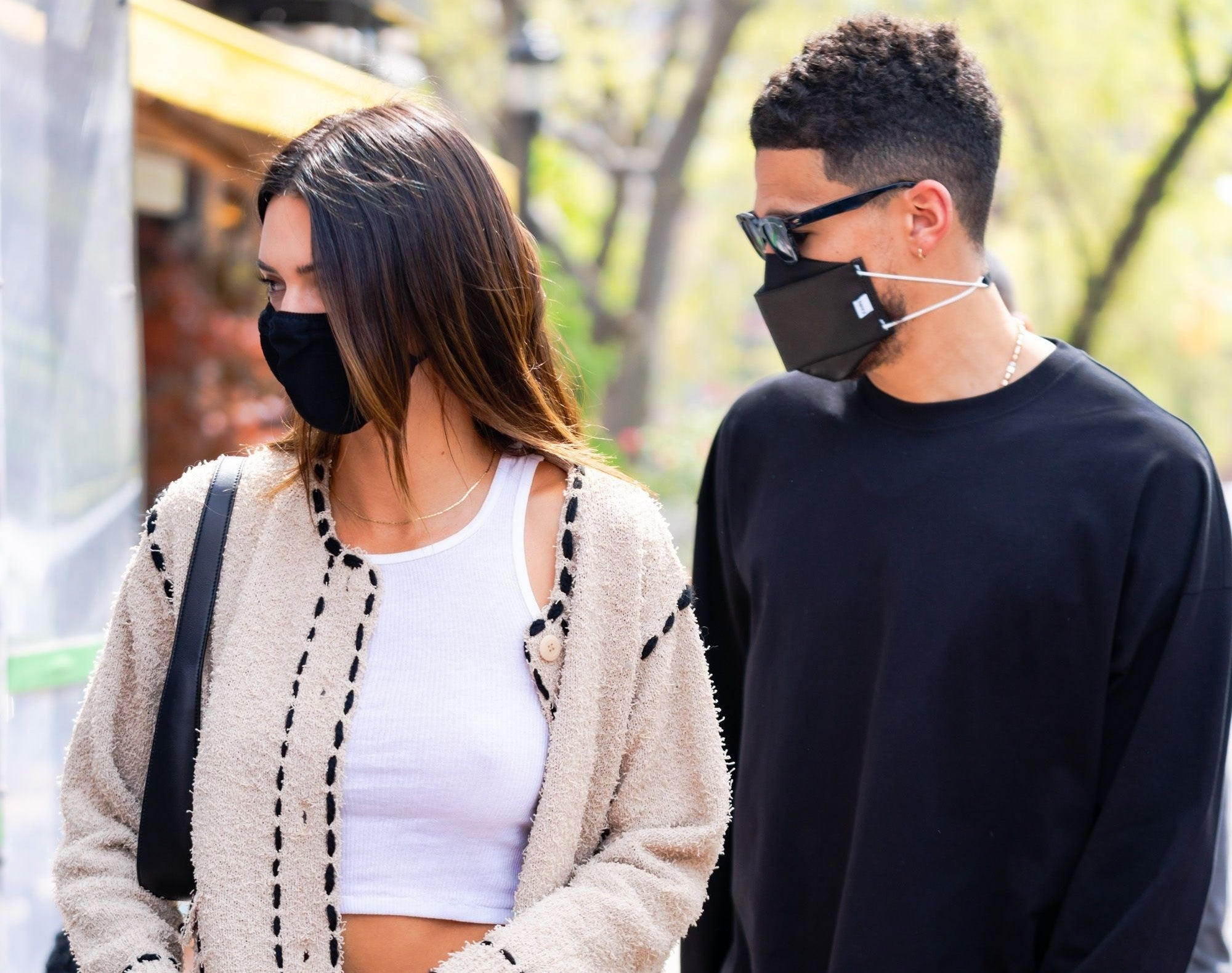 Kendall and boyfriend Devin Booker walk outside together