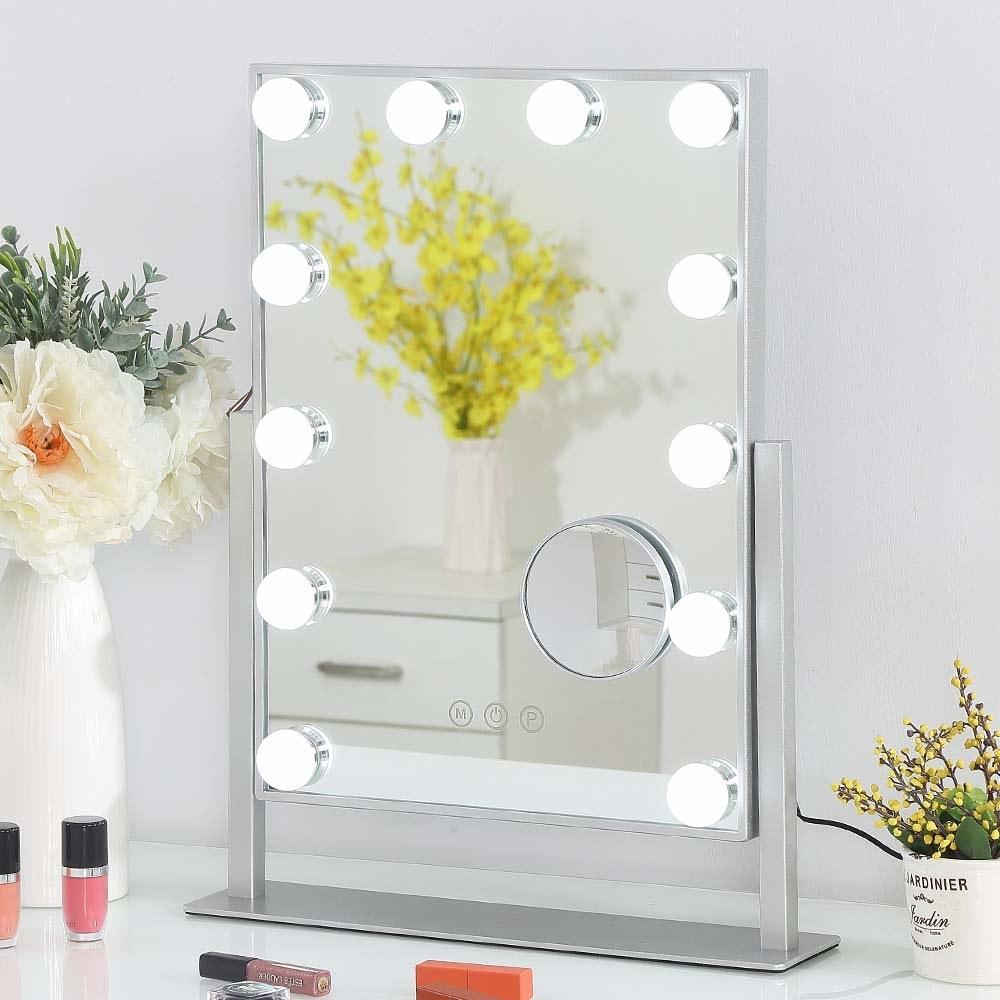 mirror with vanity lights surrounding border