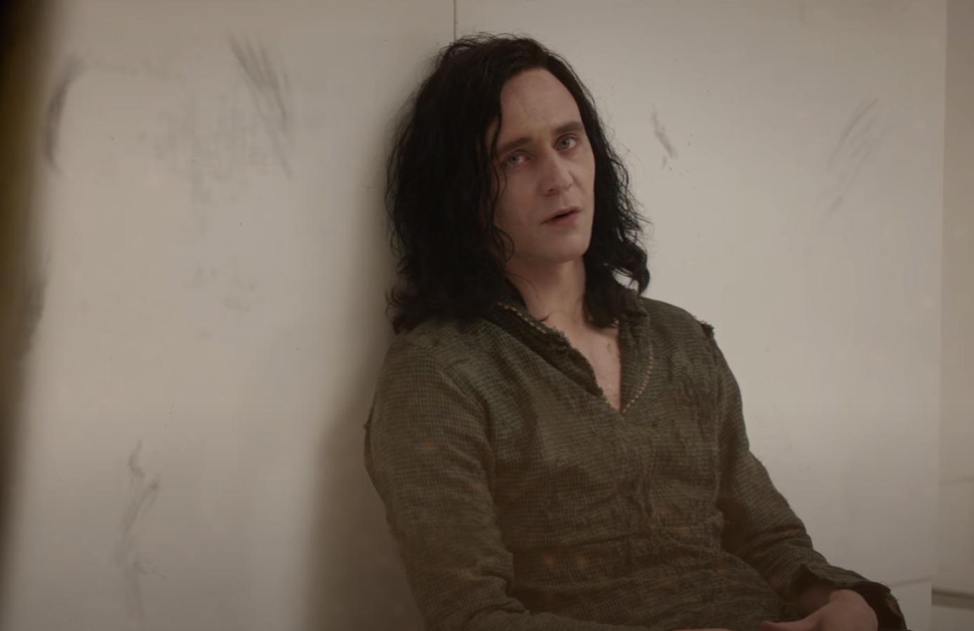 Loki's hair looked disheveled but naturally wavy after Frigga's death