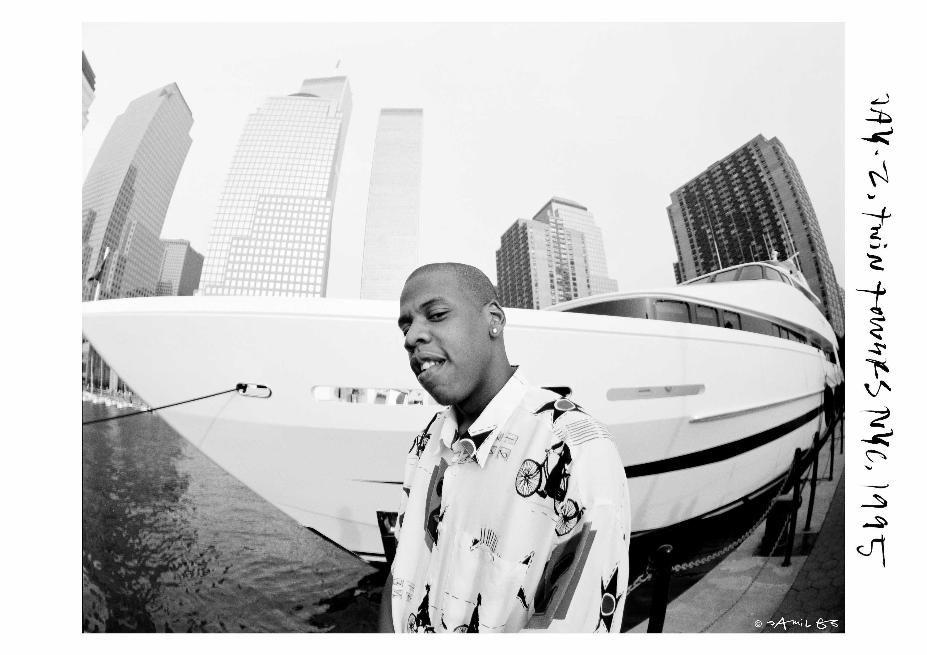 The rapper Jay Z in front of a yacht in New York